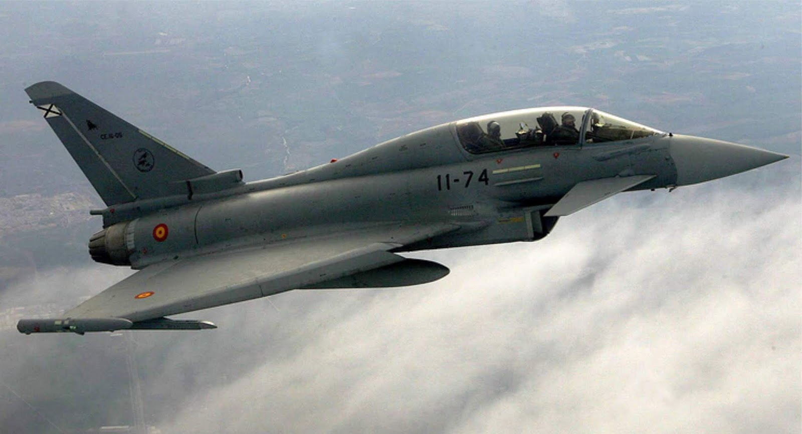 Pesawat tempur Spanyol tidak sengaja meluncurkan rudal AMRAAM di Estonia