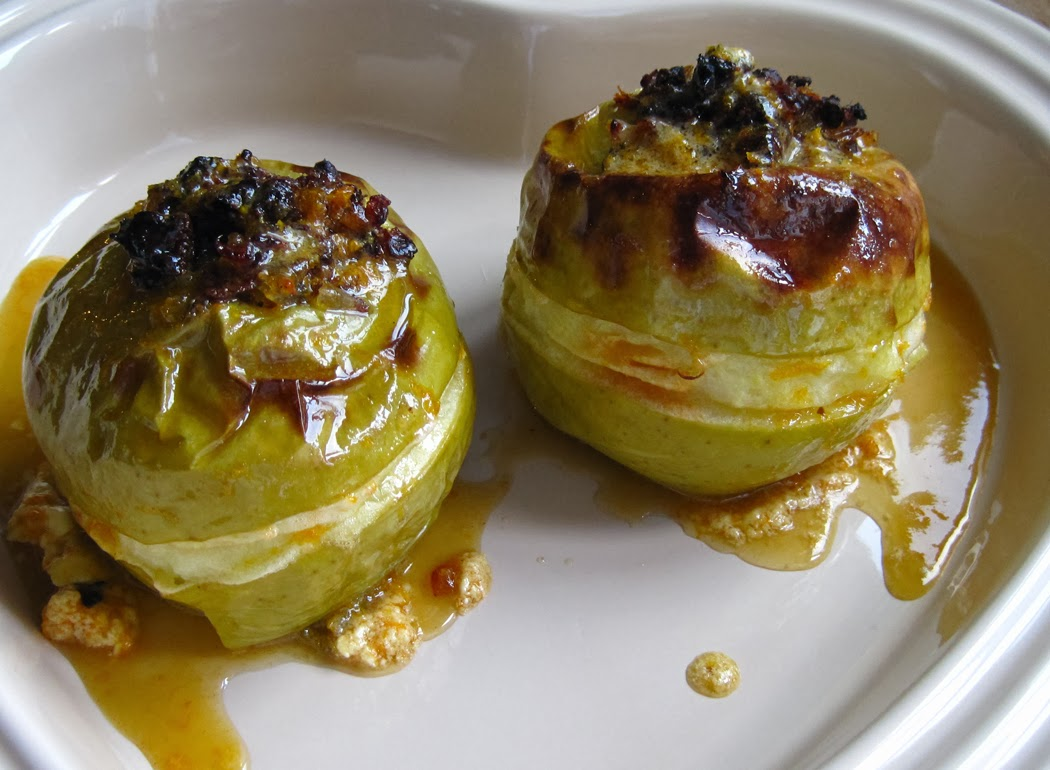 Baked Apples Stuffed with Dates and Ginger