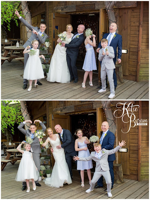 fun group shot, fun wedding party photograph, alnwick treehouse wedding, alnwick treehouse, katie byram photography, alnwick gardens wedding, northumberland wedding venue, relaxed wedding photography, quirky wedding photographer