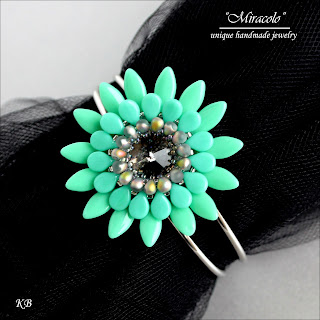 bracelet with dagger beads, bransoletka z koralikami dagger