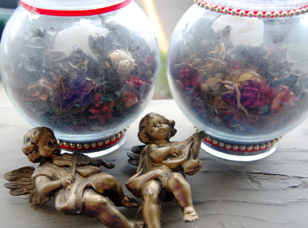 old potpourri glass jar diy with angels