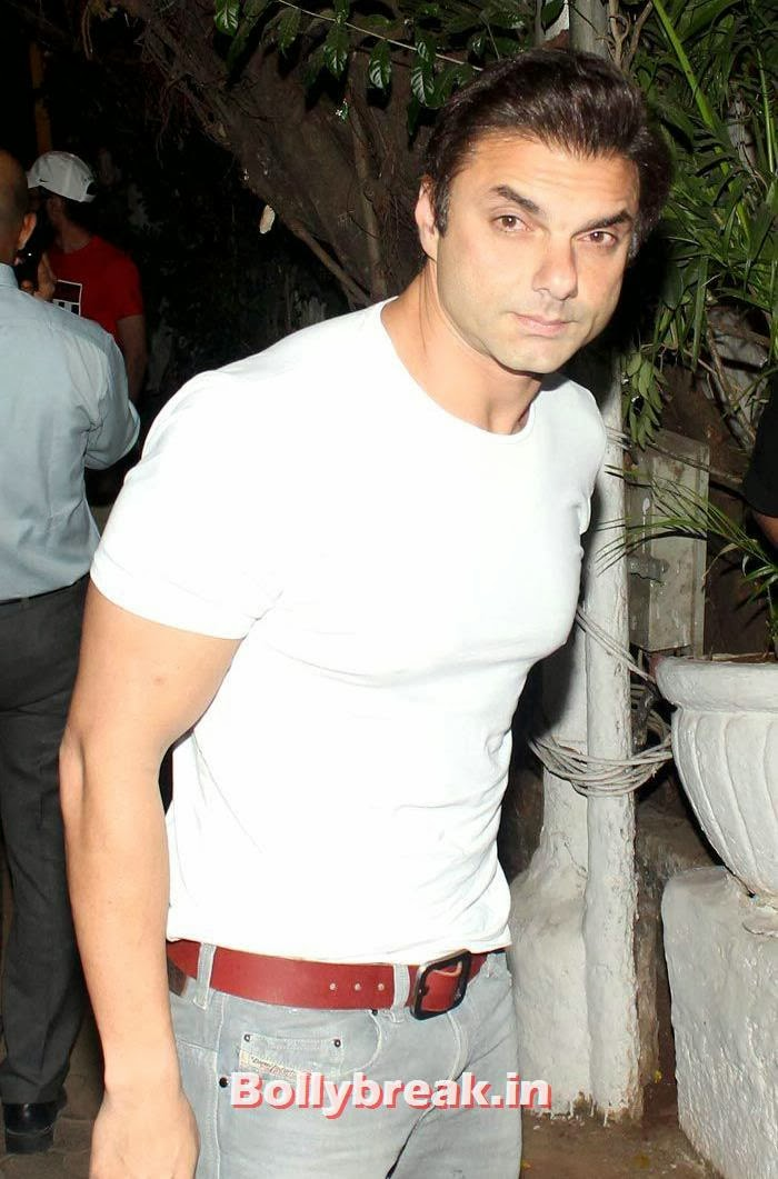 Sohail Khan, Vikas Bahl's Birthday Bash Photo Gallery