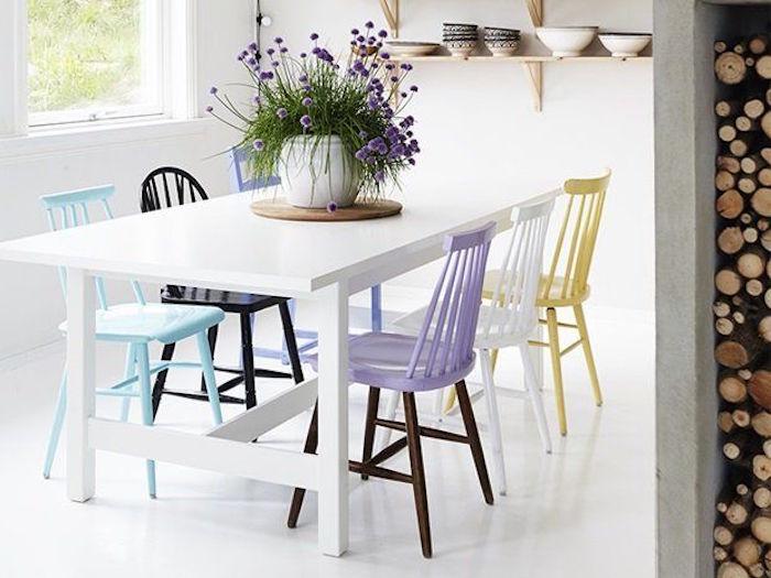 Cómo combinar sillas diferentes en tu comedor.
