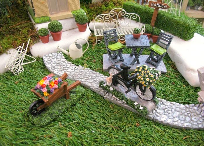 Plantas y flores jardiner a en miniatura for Como preparar un jardin en casa