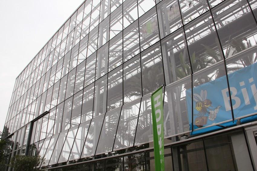 [旅行]荷蘭DAY2-萊登Leiden-自由行景點推薦de Valk風車+摩爾斯門+普特風車+林布蘭故居+萊登大學植物園+De Schaapsbel ...
