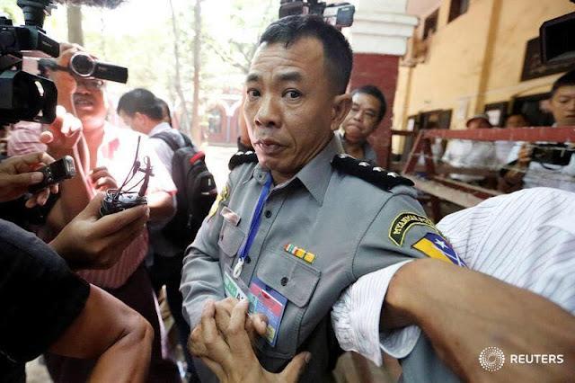 ေဆြဝင္း (Myanmar Now) ● သူရဲေကာင္းျဖစ္လာသည့္ ဒုရဲမွဴးမိုးရန္ႏိုင္္၏ အနာဂတ္