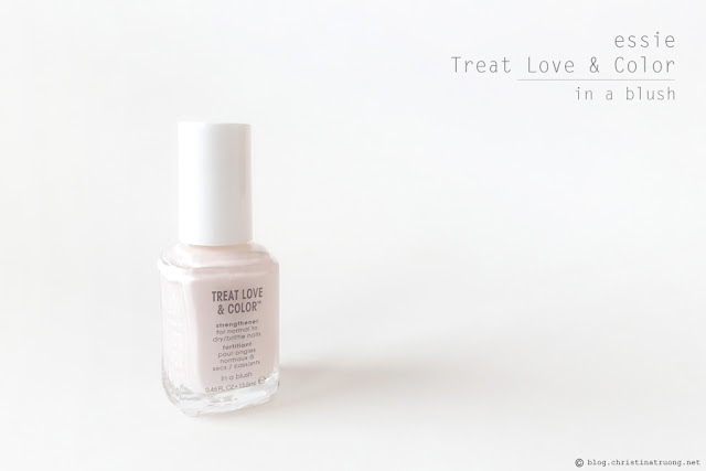essie Treat Love & Color Strengthener Nail Polish shade 22 In A Blush Full Coverage Creme Review