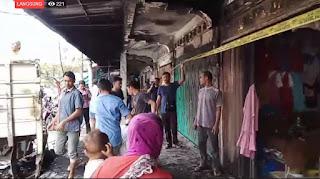 Api Berkobar di Pasar Aceh, 10 Kios Tenda Musnah Terbakar