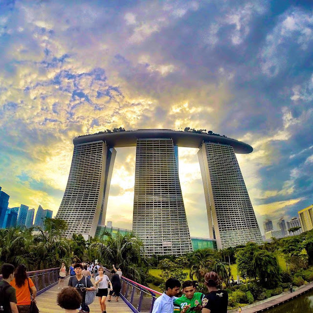 Awesome Things To Do in Marina Bayfront, Singapore