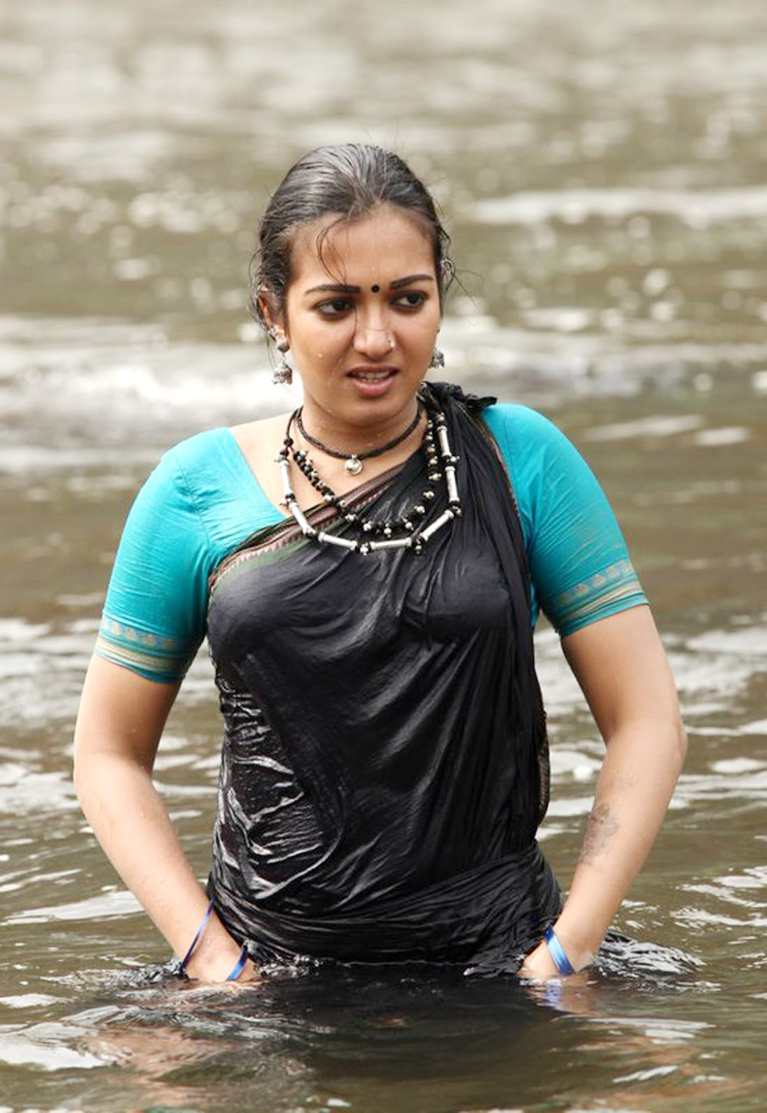 Kerala girls hot wet pic #14