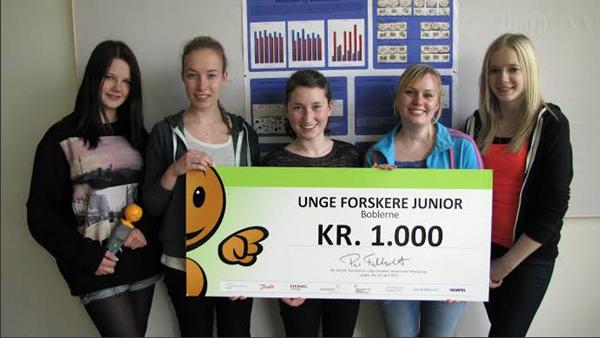 Alunas dinamarquesas: a partir da esquerda: Lea Nielsen, Mathilde Nielsen, Signe Nielsen, Sisse Coltau e Rikke Holm