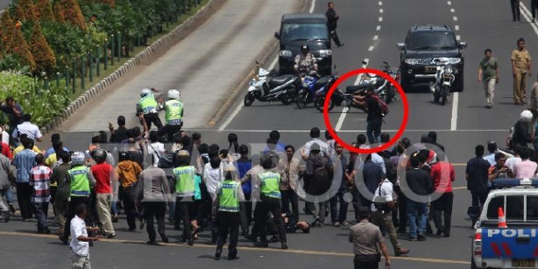 Foto-Foto Pelaku Peledakan Bom dan Penembakan di Sarinah