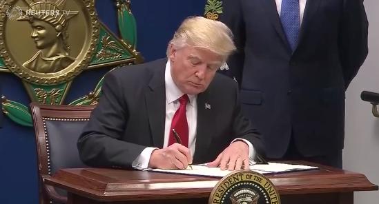 Trump's travel ban faces U.S. Supreme Court reckoning