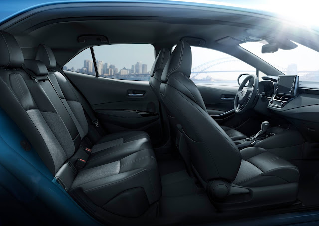 Toyota Corolla Hatchback 2019 - espaço interno