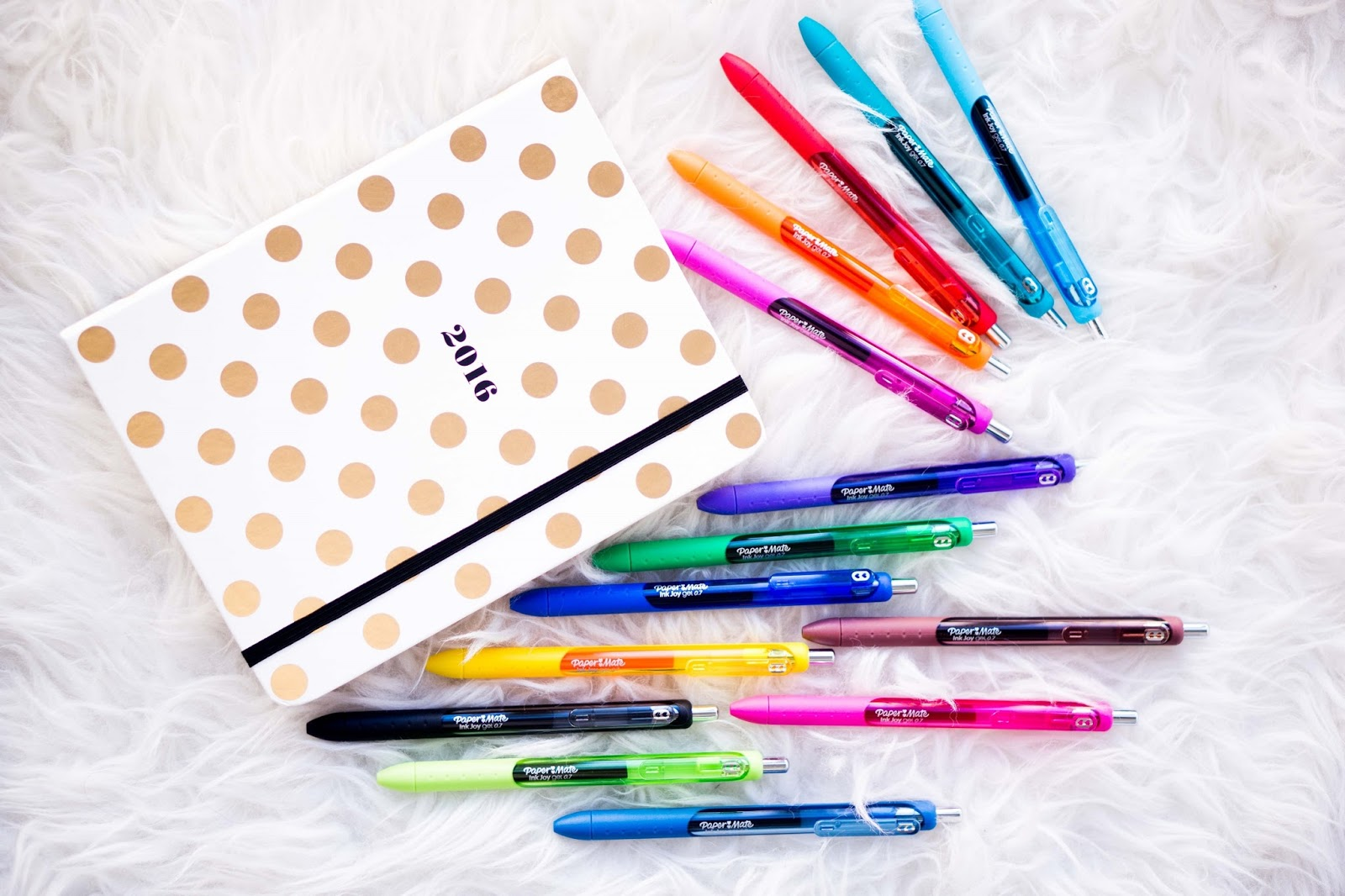 paper mate inkjoy pens Experience the vibrant new colors and joy of effortless writing with inkjoy, a  revolutionary new ink system from paper mate pick one up or explore the stylish .