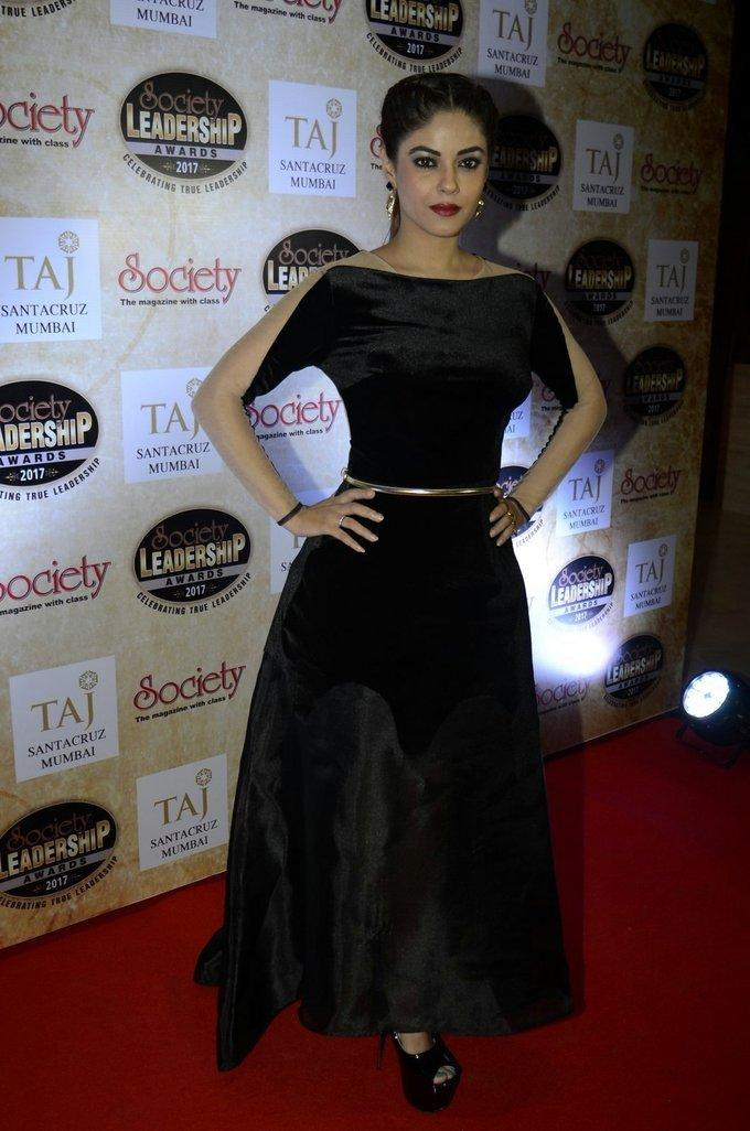 Tamil Actress Meera Chopra In Black Dress Society leadership Awards