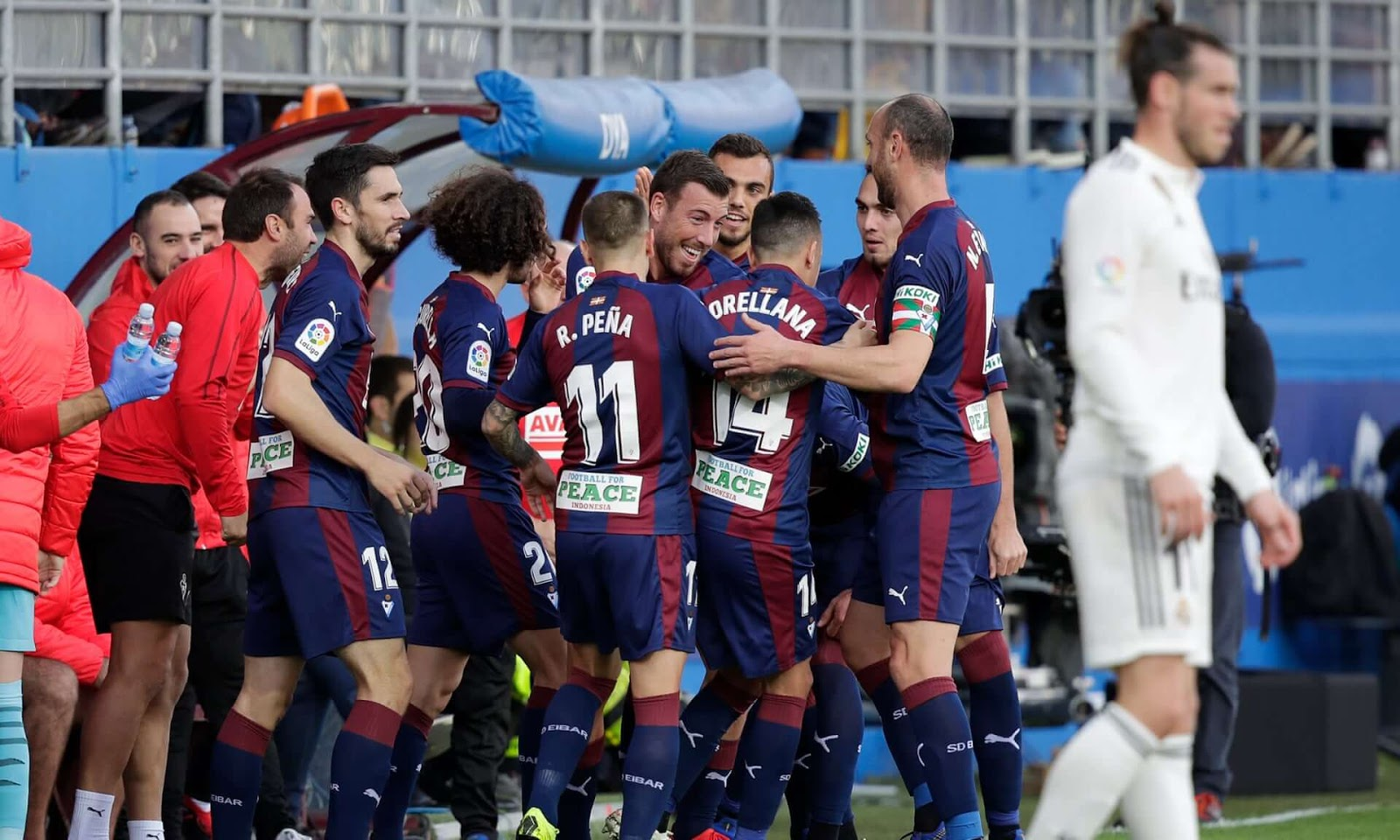Real Madrid sink to embarrassing 3-0 defeat at Eibar in La Liga