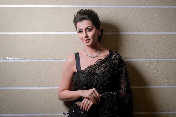 Nikki Galrani Saree Photos: Stunning Images wearing in Saree
