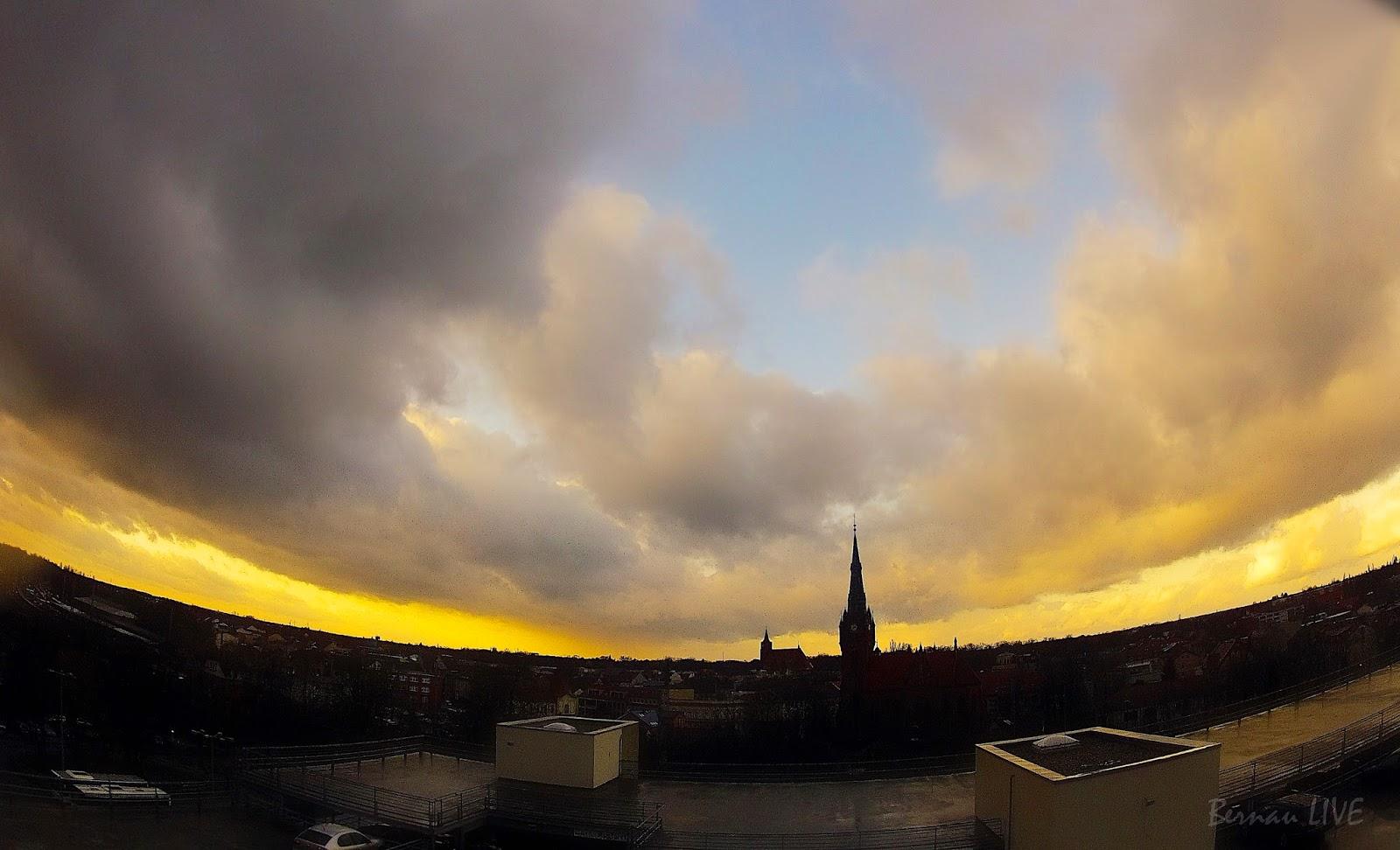 Ein Bekloppt Schönes Wetter Heute Bernau Gegen 1445 Uhr