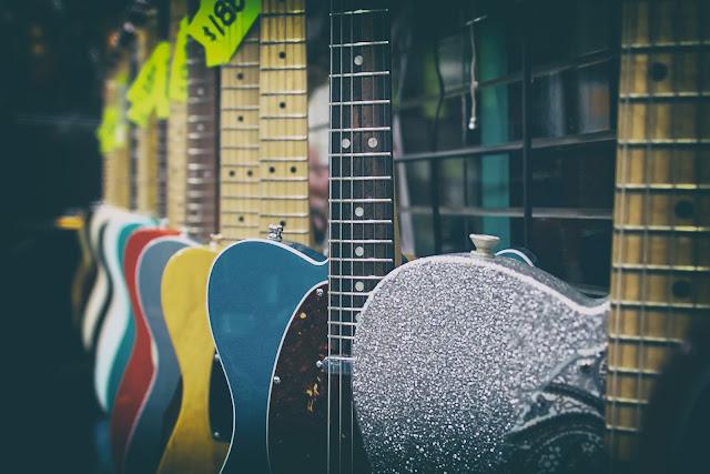 gitary, wystawa, kolor
