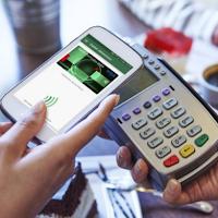 Bon 50 zł do Douglas za płatności z mobilną kartą kredytową BZ WBK