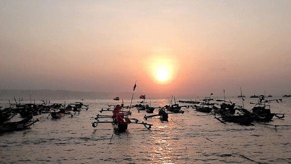 Senja di Pantai Timur Pangandaran (Asep Zamzam/Fotokita.net)