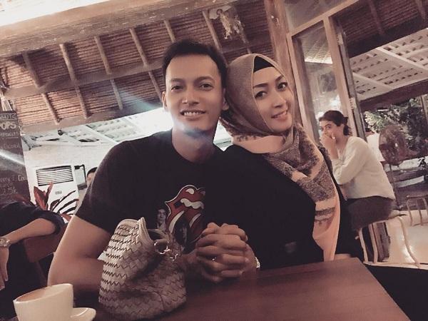 Fedi Nuril dan istri