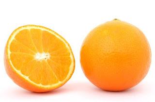 Manfaat dan kandungan kulit jeruk untuk memutihkan gigi