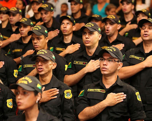 No Acre, decreto regulamenta promoção de agentes, escrivães peritos e auxiliares da Polícia Civil