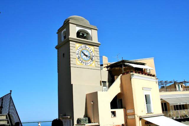 orologio, torre, isola di Capri, cielo