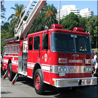 Foto de um caminhão de bombeiros com escada magirus como chamada para o Hino do Corpo de Bombeiros de são Paulo