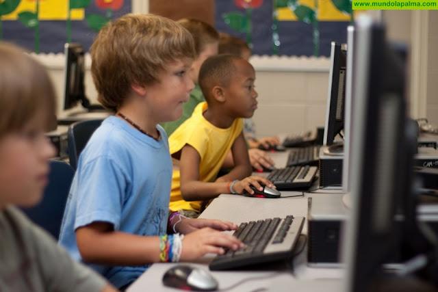 Educación invertirá más de 4 millones de euros en la conectividad de las aulas