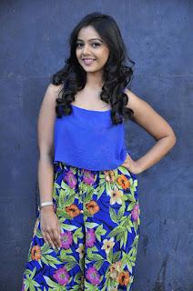 Actress Nithya Shetty Stills At Padesaave Movie Team Interview 0016