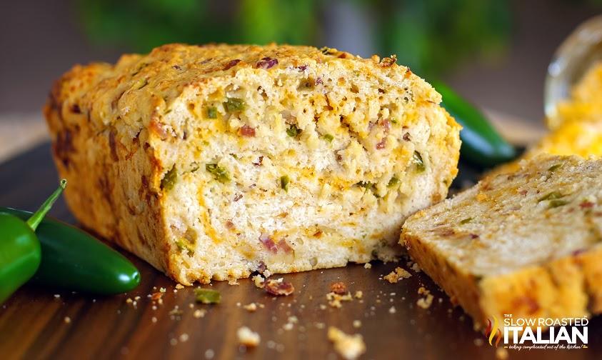 http://theslowroasteditalian-printablerecipe.blogspot.com/2014/02/cheesy-bacon-jalapeno-popper-beer-bread.html