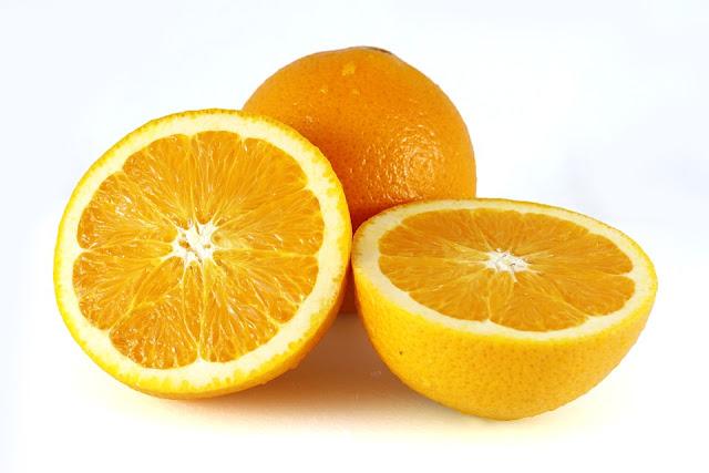 oranges sliced in half