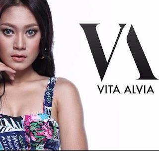 Lagu Vita Alvia Mp3