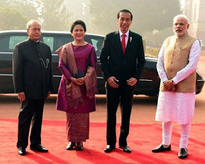 Indian President Pranab Mukherjee (left), Joko Widodo, PM Narendra Modi