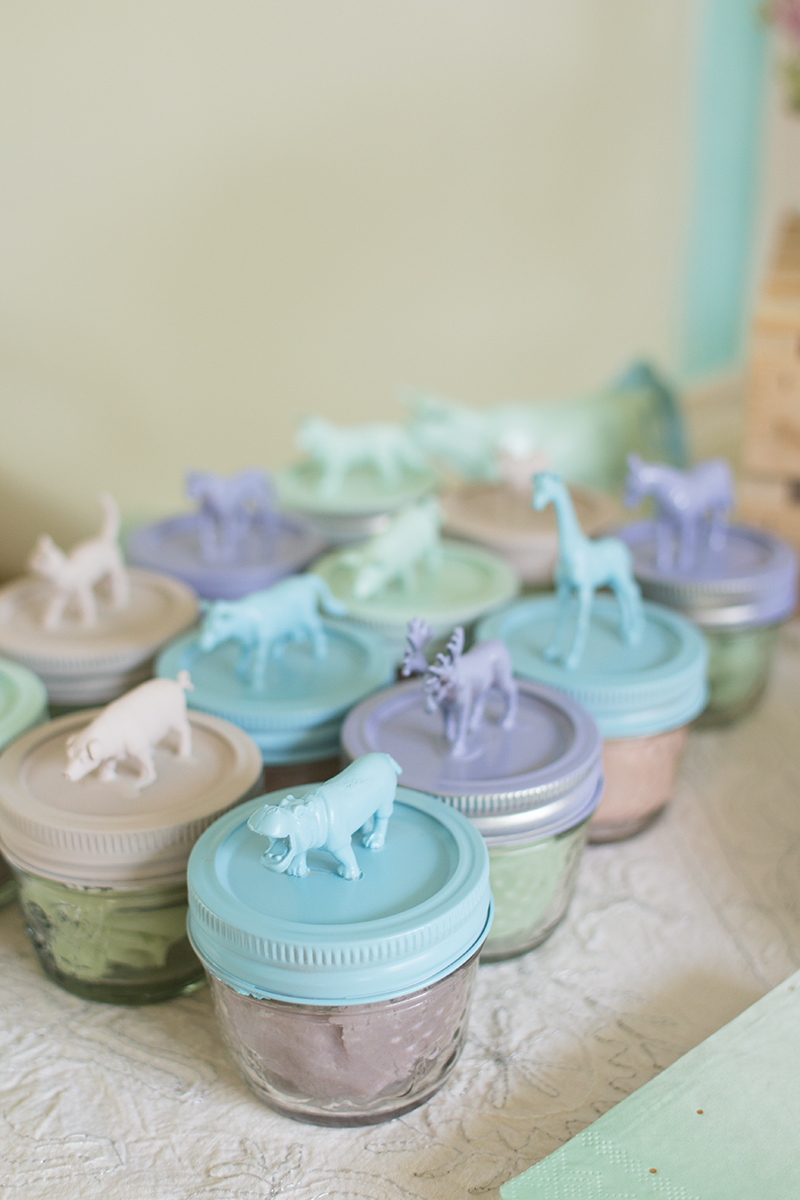 DIY Birthday Party Playdough Favours
