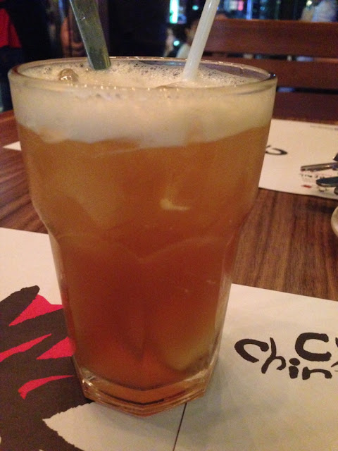 es teh dengan rasa buah leci