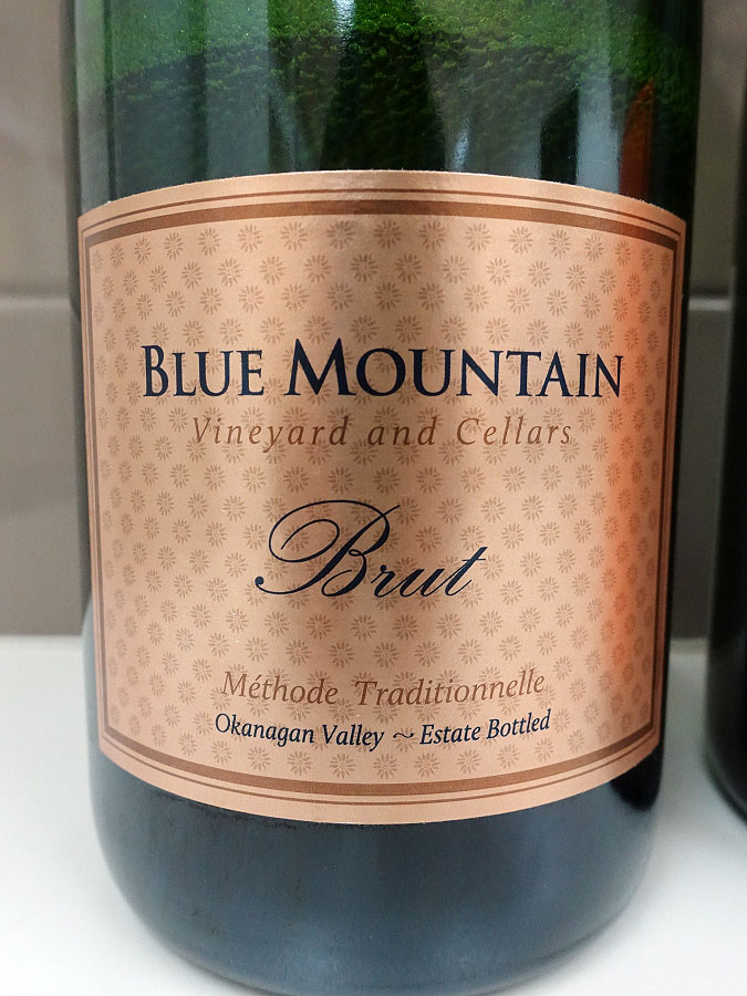 Blue Mountain Gold Label Brut Sparkling (90 pts)