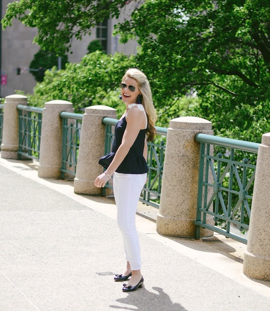 e45b83e9c828 Summer Wind  Date Night Outfit Idea  Navy + White Summer Outfit