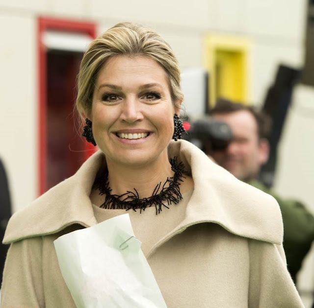 Queen Maxima opens Money Week 2015
