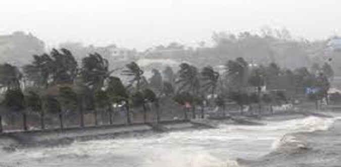 Badan Meteorologi, Klimatologi, dan Geofisika mengimbau masyarakat, terutama para nelayan tradisional, agar mewaspadai angin kencang di wilayah perbatasan Maluku selama beberapa hari ke depan.
