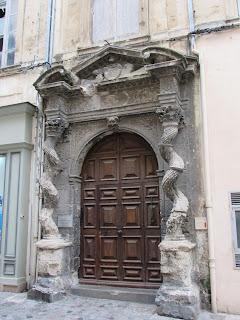 Edificio barroco en Arlés. La Camarga