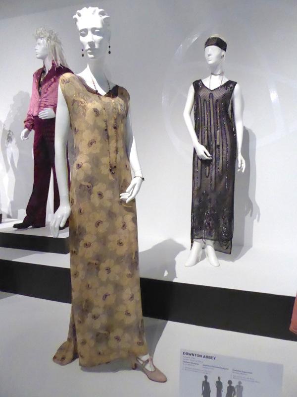 Elizabeth McGovern Downton Abbey Lady Cora dress