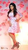 Poorna Telugu Actress-thumbnail-1