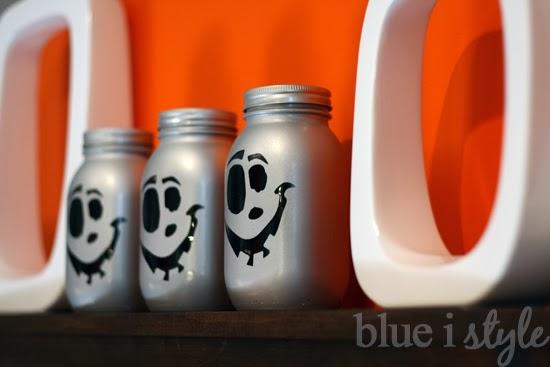 Mason Jar Jack o Lanterns