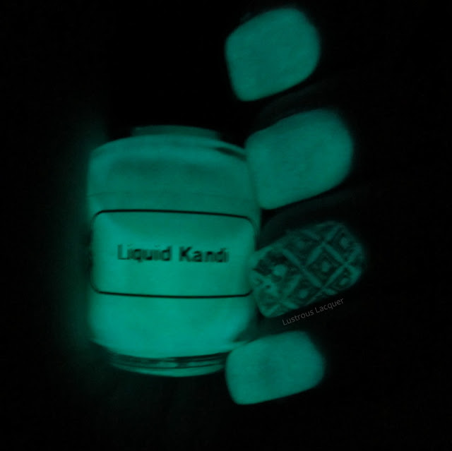 Glow-in-the-dark-nail-polish-The-Summer-Glows-Collection