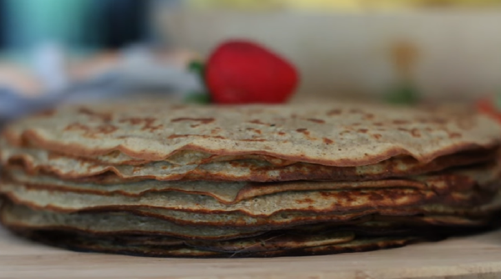 The best, sweet and fluffy crepes recipe ever