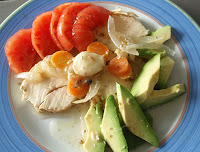Ensalada con pechuga de pollo escabechada